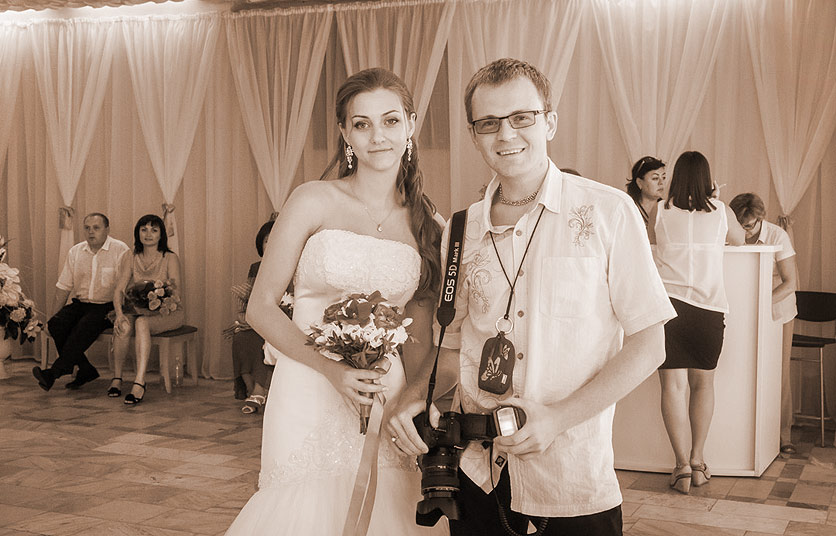свадебный фотограф Александр Елисеев