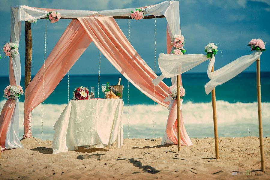 Арка для выездной регистрации брака