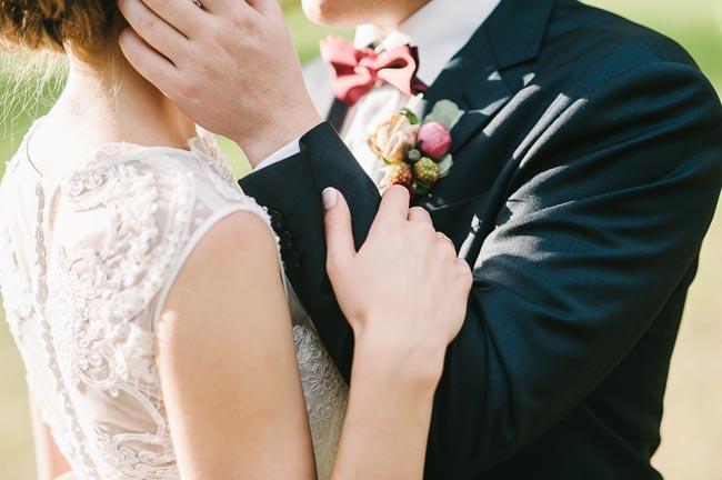 супер-креативный прием по обрезке головы на свадьбе