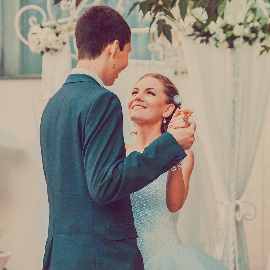 Натуральная свадебная фотография