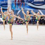 Изящные фото юных гимнасток на соревнованиях